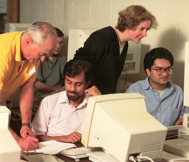 Jessup and Lloyd Fosdick lead a high-performance computing workshop in the 1990s.