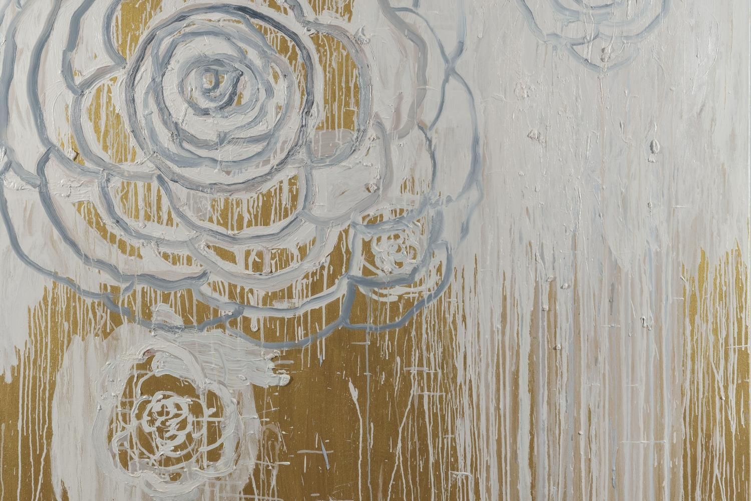 painting with gold and white flowers