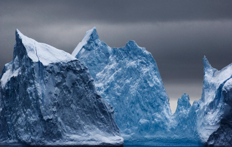Dramatic icebergs.