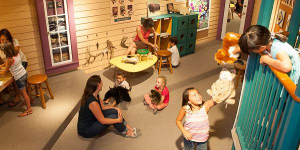 Kids in the Discovery Corner