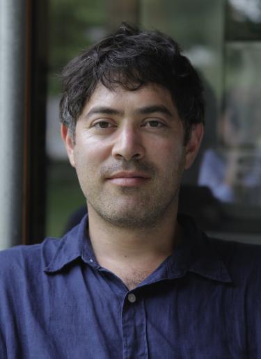 Daniel Traub Headshot