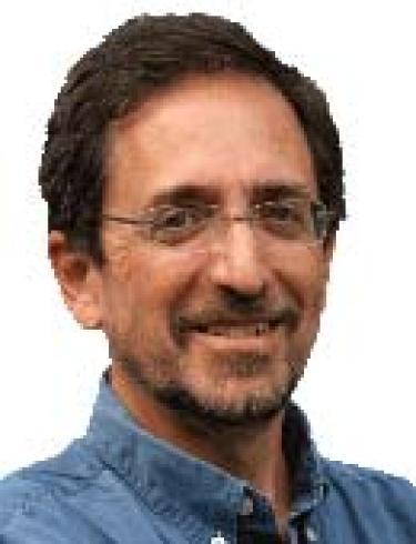 Headshot of Andrew Revkin