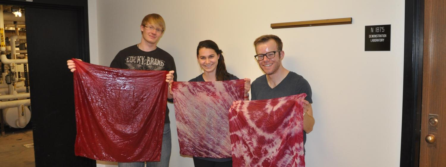 Students dyeing silk.