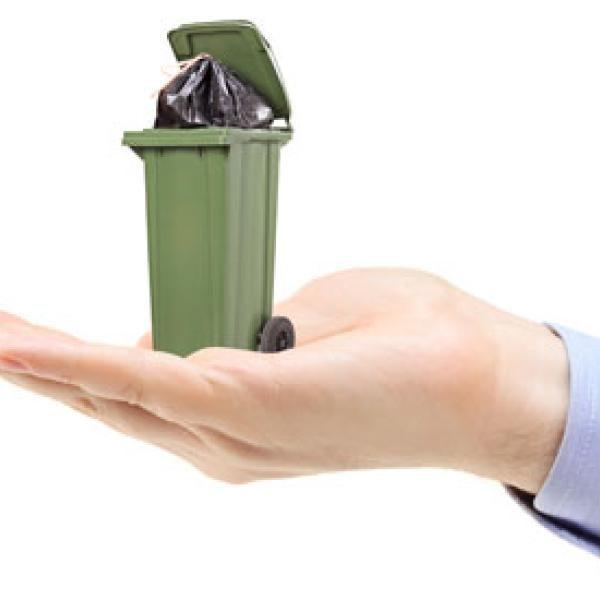 small trashcan