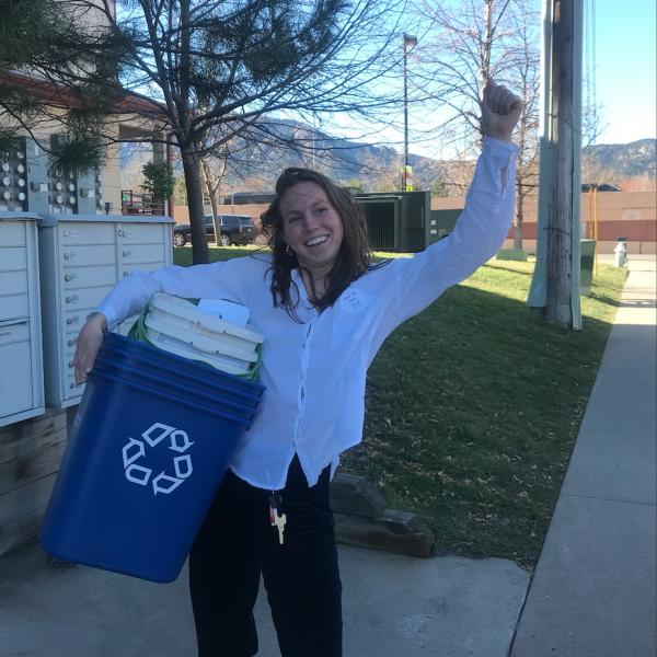 green teams recycling bin