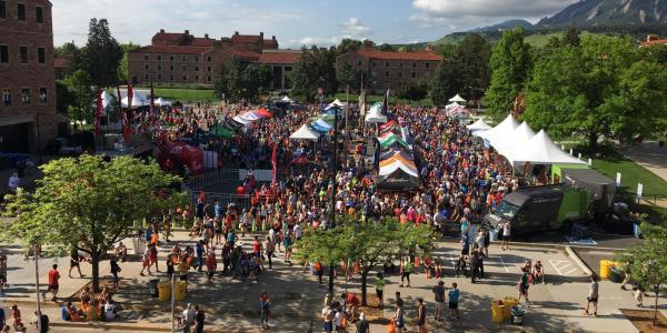 Crowd at Bolder Boulder