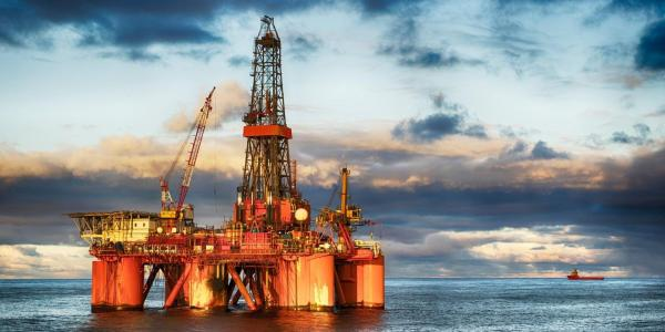 Oil drilling facility in the ocean