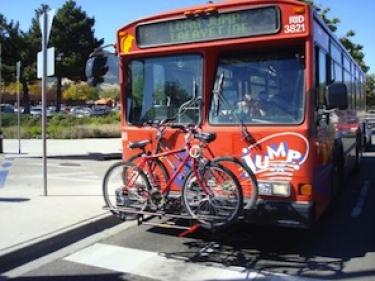 Bus with bikes loaded on front