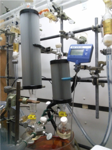 Findenser waterless condenser for chemical synthesis