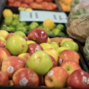 apples at grocery store