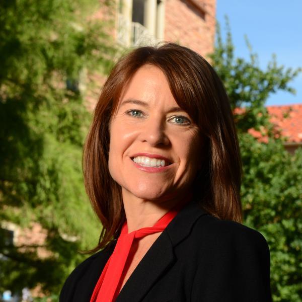 Elizabeth Dutro