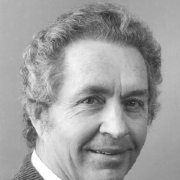 Kenneth Hopkins