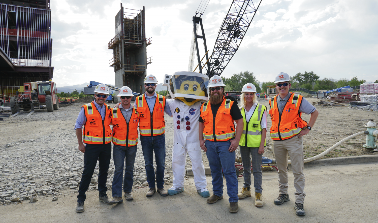 Aerospace building construction celebrates topping out