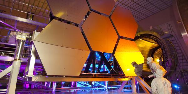 Ball aerospace technologies manufacturing room