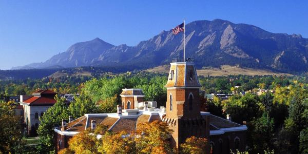 CU Boulder campus looking toward the mountains