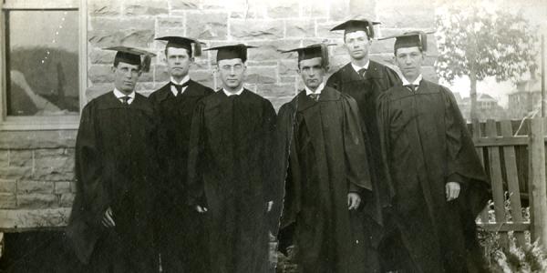 Engineering Graduates, 1908