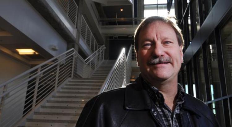 Engineering Professor Alan Weimer