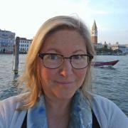 Diane Sieber headshot