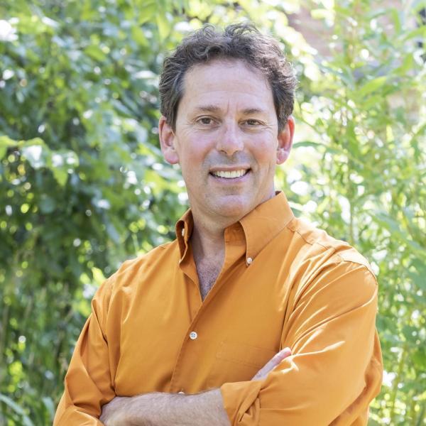 Portrait of Bruce Goldstein