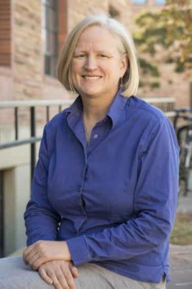 photo of academic advisor Elizabeth Pike