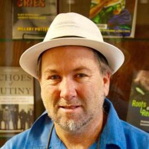 Professor Arturo Aldama