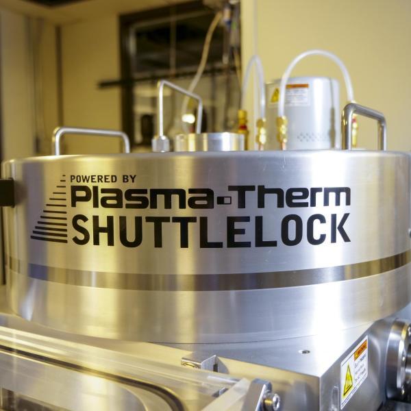 Plasma Therm Shuttlelock