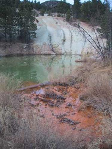 acidic drainage from subsidence pit pond