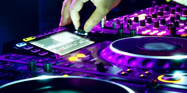 Electronic Dance Movement