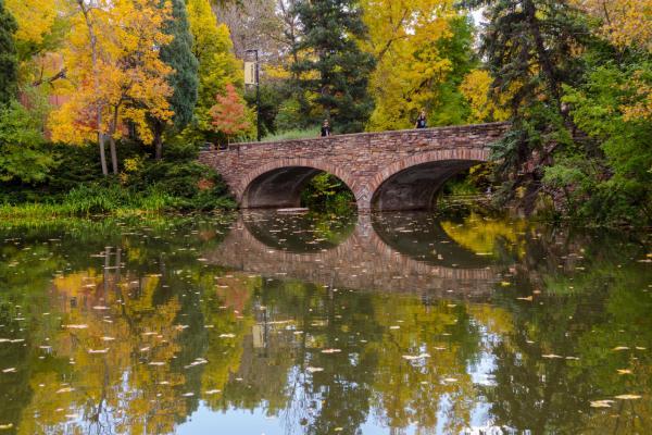 Fall view of Varsity Pond bridge at CU