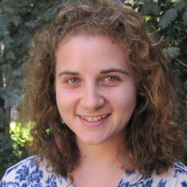 Leah Meromy Portrait