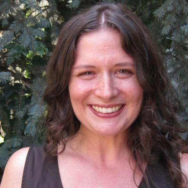 Lindsay Skog Portrait