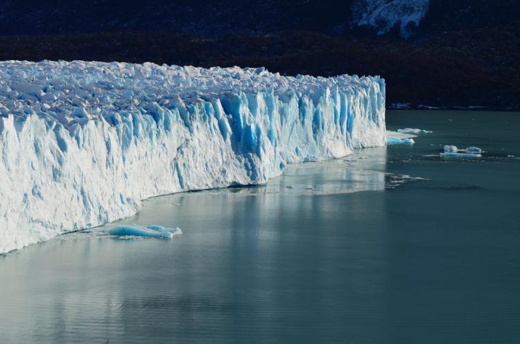 Glacier next to water