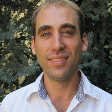 Ian Rowen Portrait