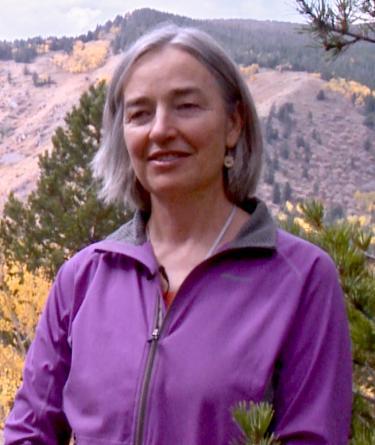 Suzanne Anderson photo portrait