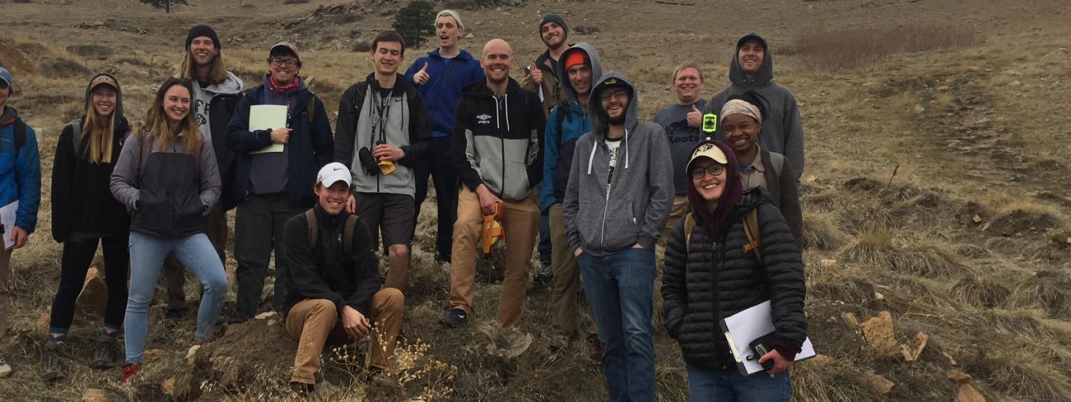 The participants of the GEOL/GEOG4241 (Geomorphology) class in the field