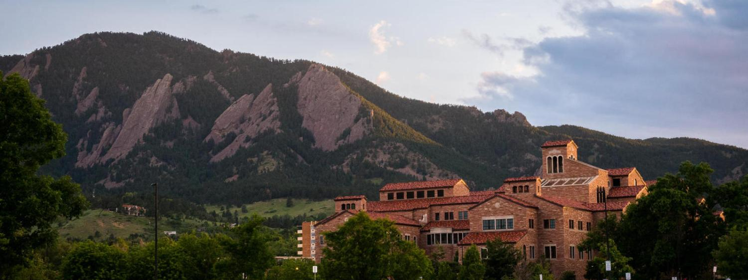 panoramic picture of campus with the flatirons