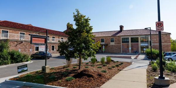 exterior of public health clinic at wardenburg