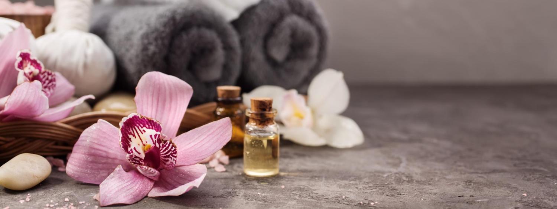 Massage towel and aromatherpy