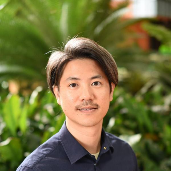 Daniel Hwang portrait