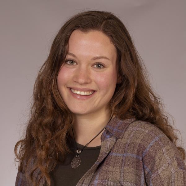 Maya Rieselbach portrait