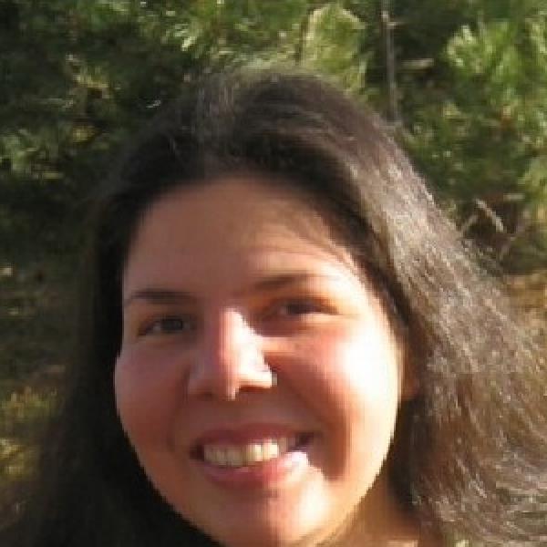 Eliana Colunga