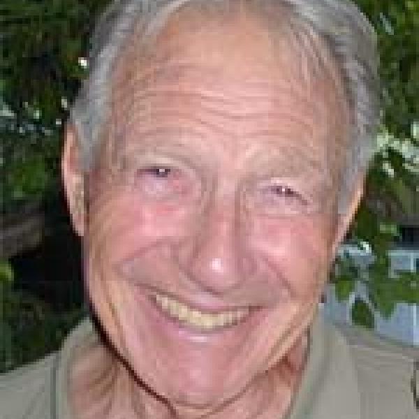 Kenneth Hammond