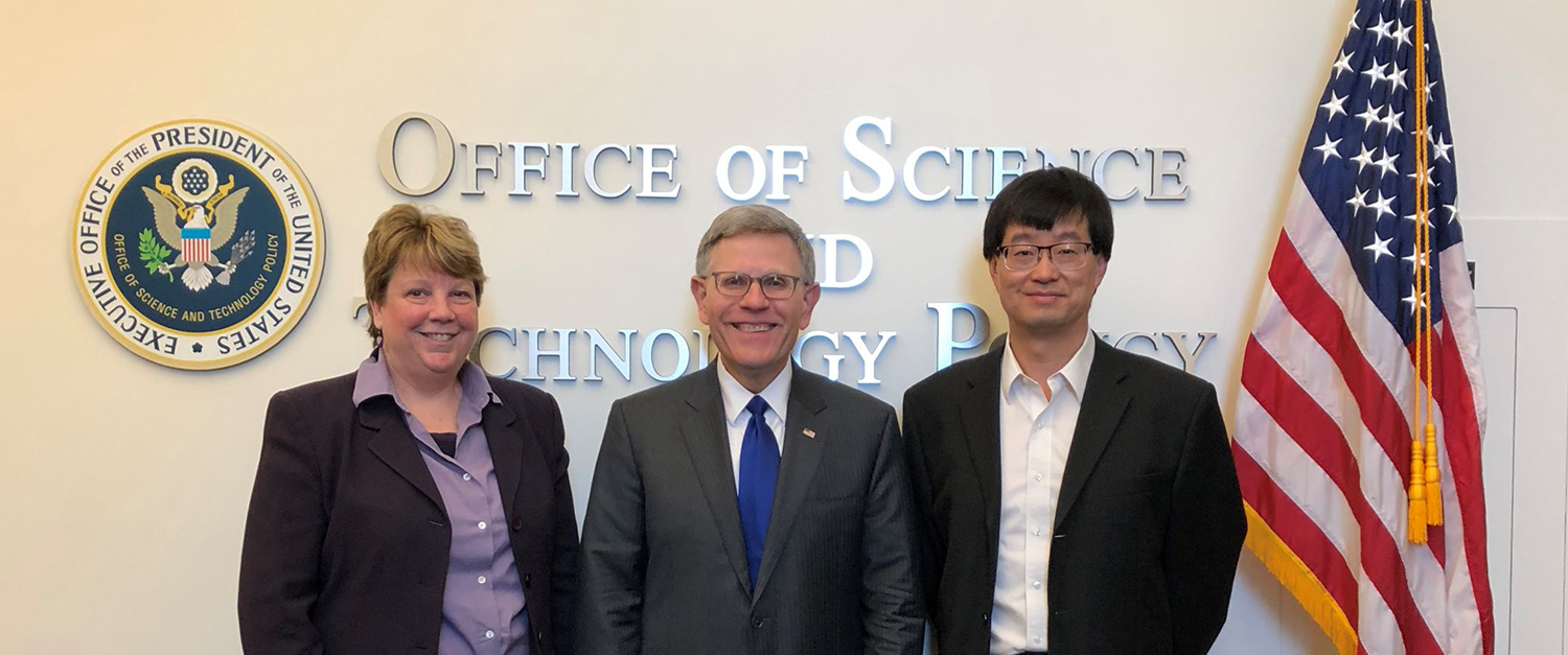 CU Boulder delegation meets with leadership at White House to discuss quantum research, industry collaboration
