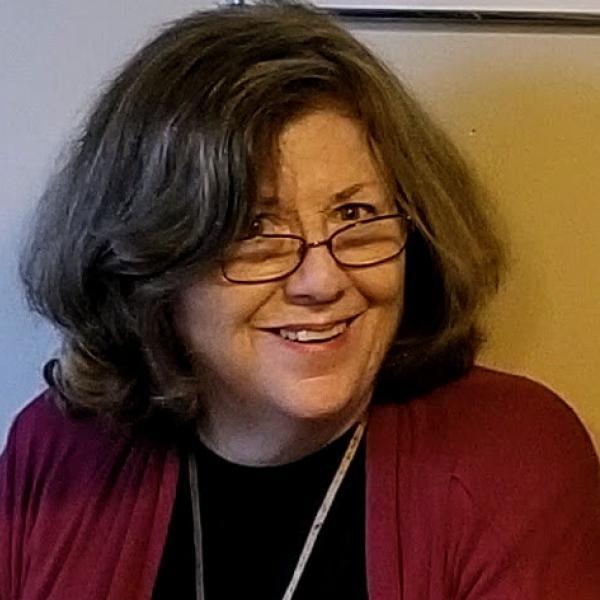 Susan Clarke headshot