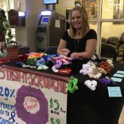 maddie freeman with stash-it scrunchie booth