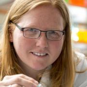 Kristi Anseth in her lab