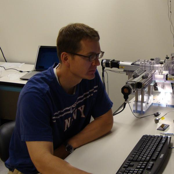 Ben Terry working with biaxial testing machine to measure small bowel tissue mechanical properties