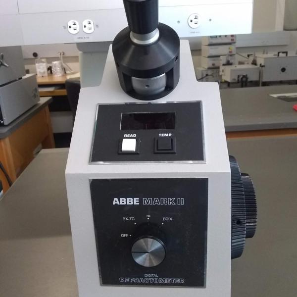 Image of Refractometer