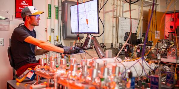 David Zywotko at Hot-Wall Viscous-Flow Reactor with In Situ QCM; Atomic Layer Deposition, Atomic Layer Etching, Quartz Crystal Microbalance