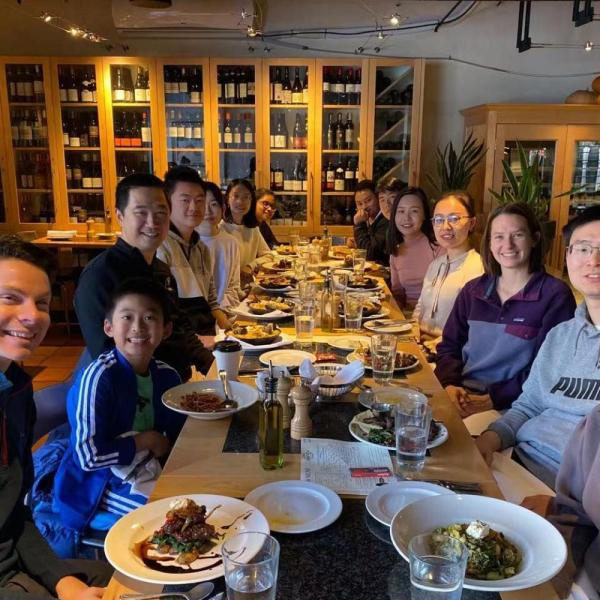 2019.11: Lab lunch to celebrate Yunyang passing his defense